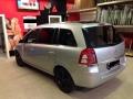 Opel-Zafira-B-oscuramento-vetri-1
